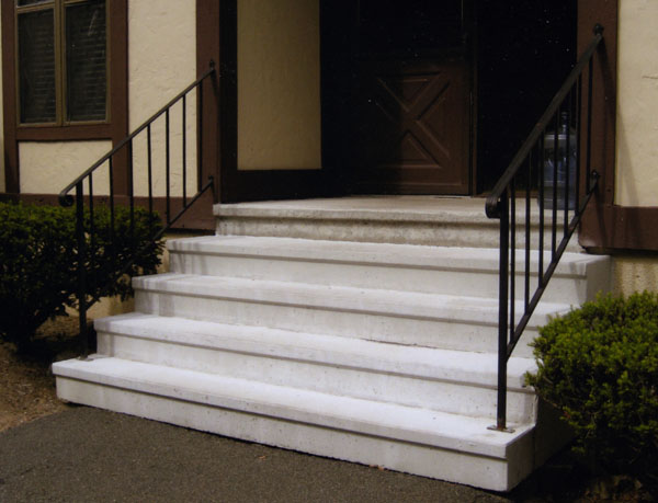 Precast Concrete Step